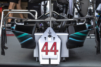 Mercedes AMG F1 W09 nose detail