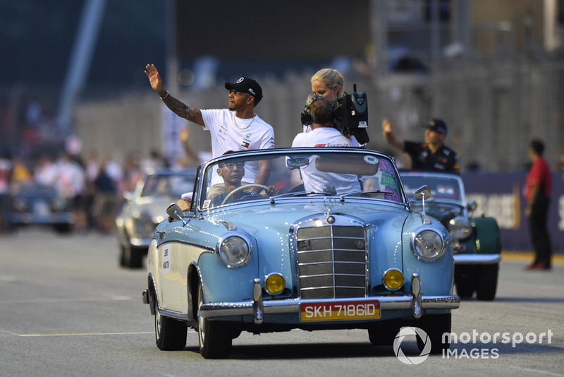 Lewis Hamilton, Mercedes AMG F1 on drivers parade