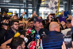 Carlos Sainz, Peugeot Sport spreekt met de media