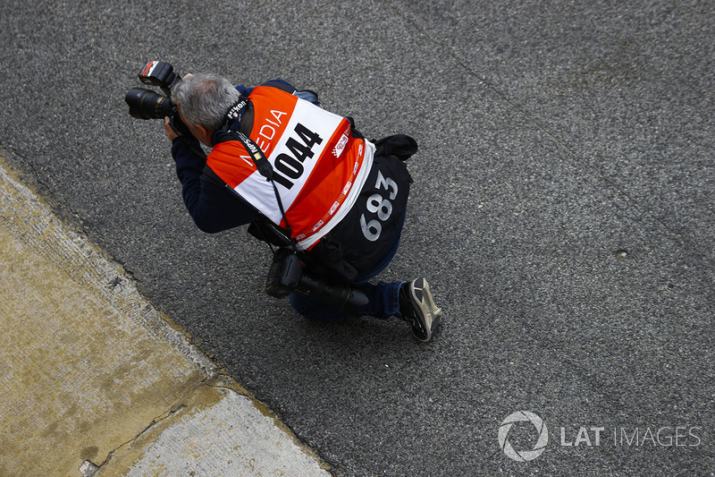 Photographer Mark Sutton at work