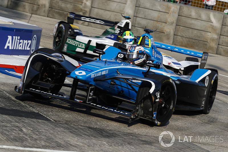 Nicolas Prost, Renault e.Dams, leads Lucas di Grassi, Audi Sport ABT Schaeffler