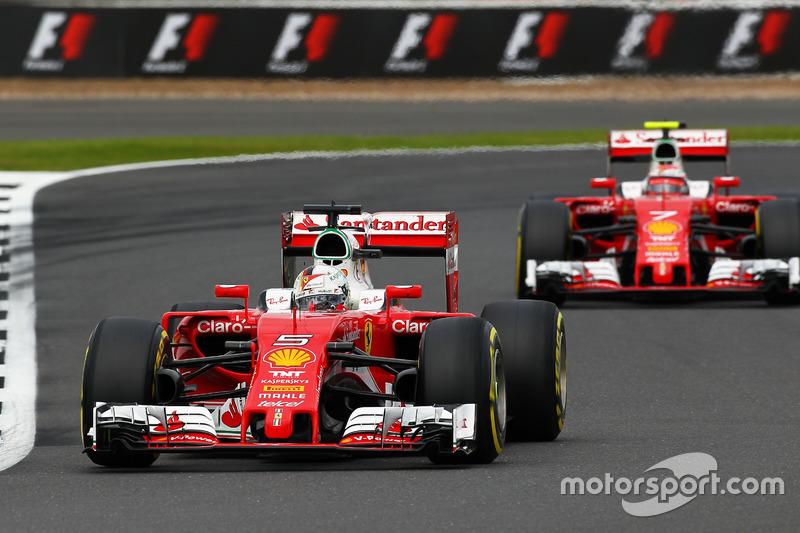 Sebastian Vettel, Ferrari SF16-H lidera a Kimi Raikkonen, Ferrari SF16-H