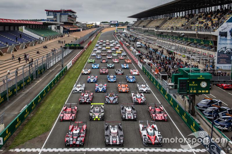 #10: Das traditionelle Foto: Alle Fahrzeuge der 24 Stunden von Le Mans