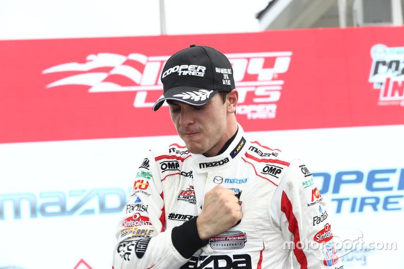 Yarış galibi Santiago Urrutia, Schmidt Peterson Motorsports