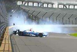 Hard crash for Max Chilton, Chip Ganassi Racing Chevrolet