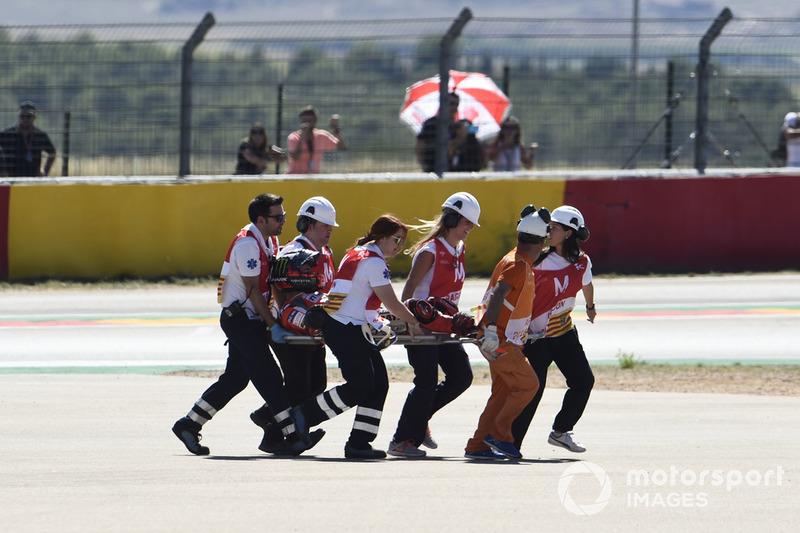 Jorge Lorenzo évacué après sa chute