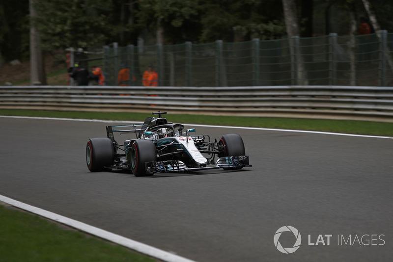 1 місце — Льюіс Хемілтон, Mercedes — 381