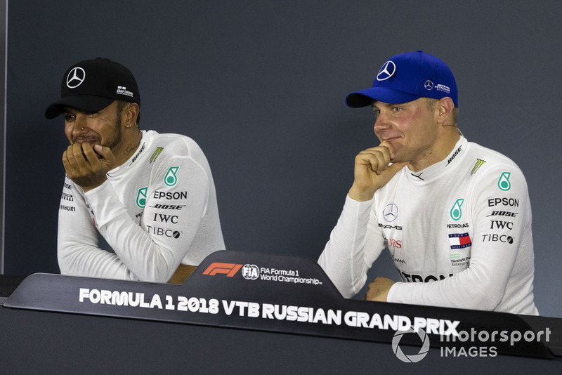 Lewis Hamilton, Mercedes AMG F1 and Valtteri Bottas, Mercedes AMG F1 in press conference