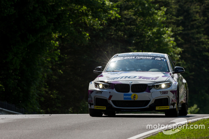 #301 Pixum Team Adrenalin Motorsport, BMW M235i Racing Cup: Zuhour Nadir, Mohammed AlOwais, Bashar Mardini, Einar Thorsen