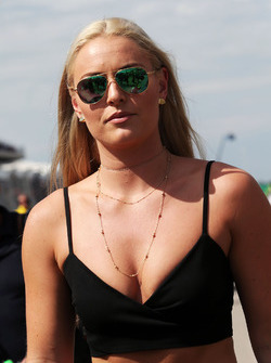 Lindsey Vonn, Former Alpine Ski Racer on the grid