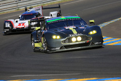 #98 Aston Martin Racing Aston Martin Vantage : Paul Dalla Lana, Pedro Lamy, Mathias Lauda