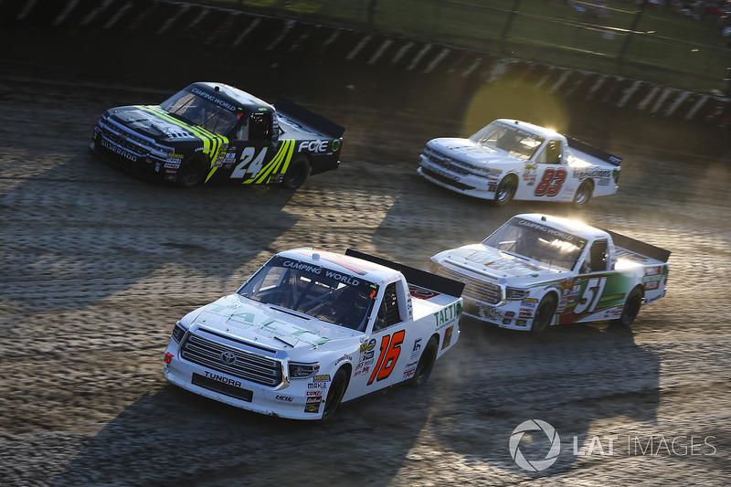 Ryan Truex, Hattori Racing Enterprises Toyota, Justin Haley, GMS Racing Chevrolet, Harrison Burton,