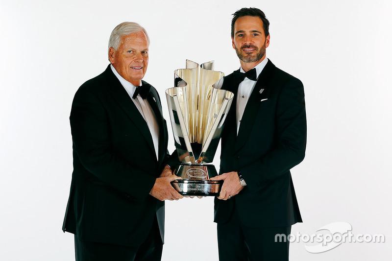 Campeón Jimmie Johnson, Hendrick Motorsports Chevrolet y el dueño del equipo Rick Hendrick
