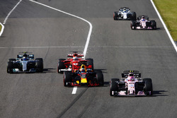 Esteban Ocon, Sahara Force India F1 VJM10, Daniel Ricciardo, Red Bull Racing RB13, Sebastian Vettel, Ferrari SF70H, Valtteri Bottas, Mercedes AMG F1 W08