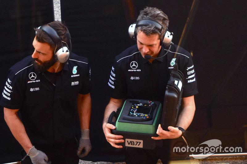 Steering wheel of Valtteri Bottas, Mercedes AMG F1 W08