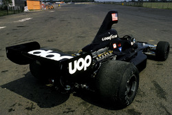 Jean-Pierre Jarier, Shadow DN7