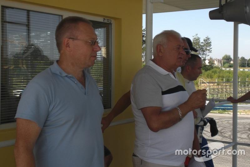 Начальник безпеки Олександр Кулаков та Директор гонки Леонід Леонов