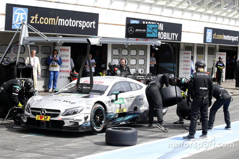 Pit stop, Paul Di Resta, Mercedes-AMG Team HWA, Mercedes-AMG C63 DTM