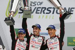 Podium : #8 Toyota Gazoo Racing Toyota TS050 Hybrid: Anthony Davidson, Sébastien Buemi, Kazuki Nakajima