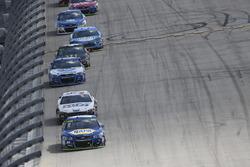 Chase Elliott, Hendrick Motorsports Chevrolet, Landon Cassill, Front Row Motorsports, Ford Fusion