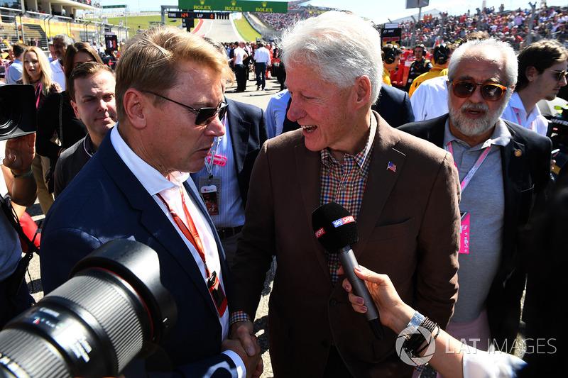 Mika Hakkinen, former US President Bill Clinton