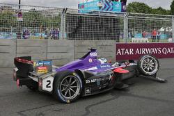 La voiture endommagée de Sam Bird, DS Virgin Racing