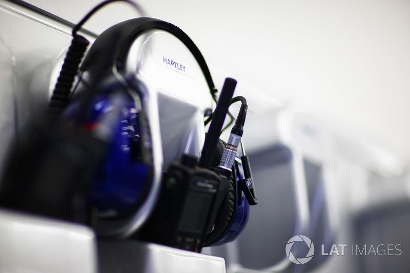 Des écouteurs Toro Rosso