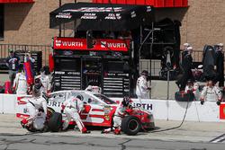 Brad Keselowski, Team Penske, Ford Fusion Wurth pit stop
