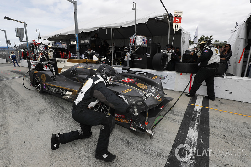 #5 Action Express Racing Cadillac DPi, P: Joao Barbosa, Christian Fittipaldi, Filipe Albuquerque au stand