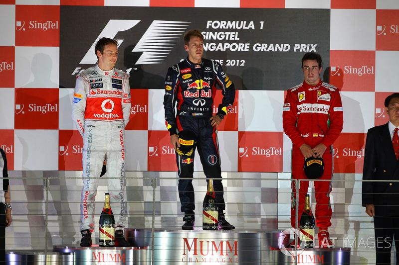 Podio: Sebastian Vettel, Red Bull Racing, Jenson Button, McLaren Fernando Alonso, Ferrari