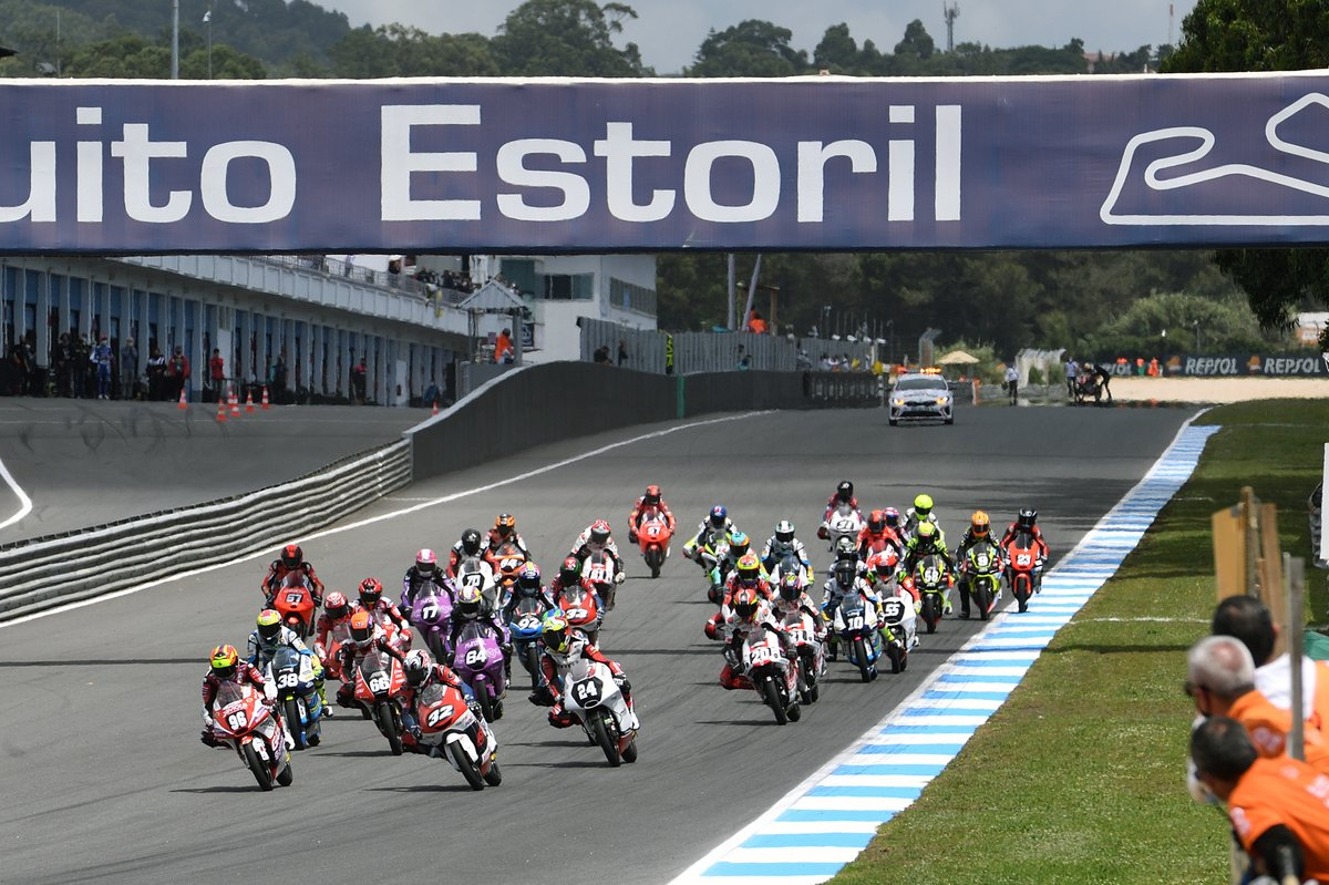 Start Race CEV Moto3 Portugal