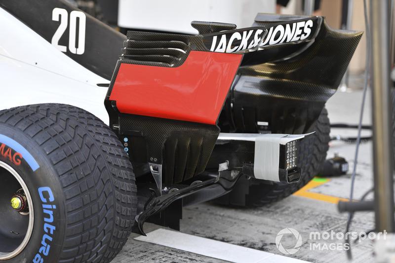 Haas F1 Team VF-18 rear detail