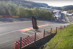 #17 SMP Racing BR Engineering BR1: Stéphane Sarrazin, Egor Orudzhev, Matevos Isaakyan, crash