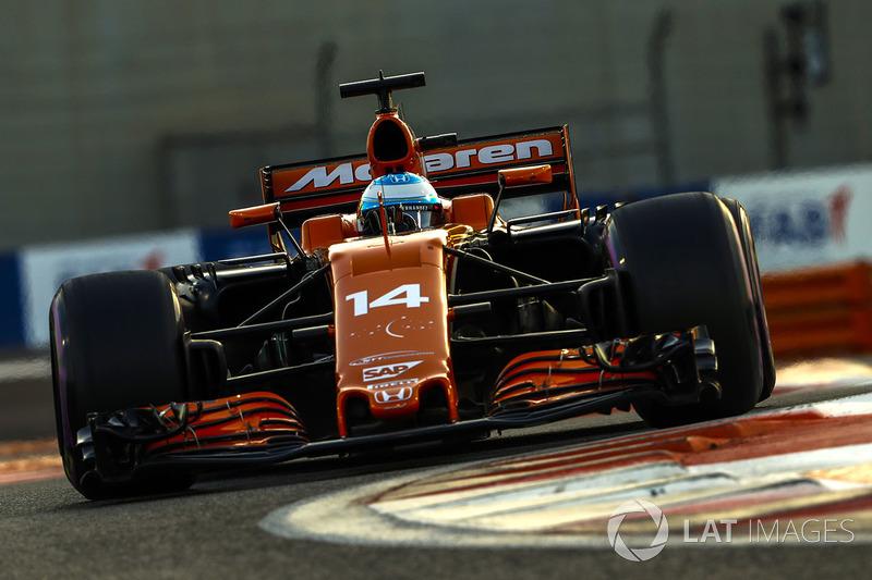 2017: McLaren MCL32 Honda (одно шестое место, 9-е место в КК)