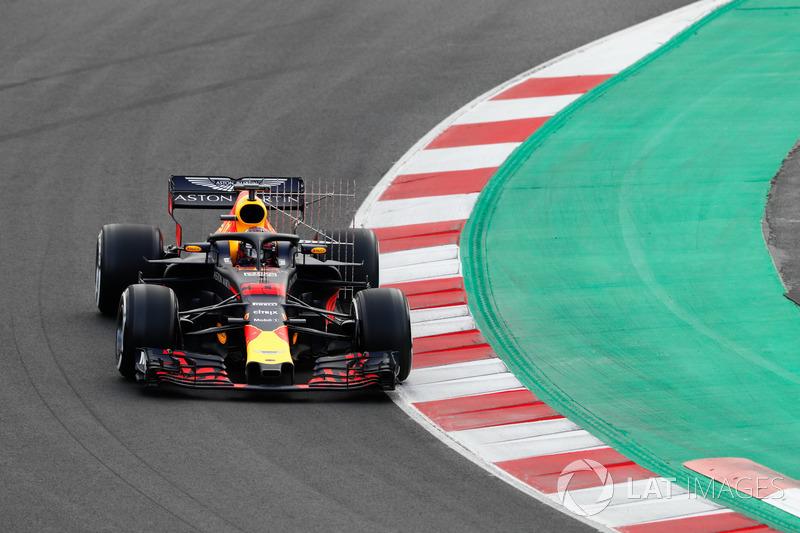 Max Verstappen Red Bull Racing Rb14 Op Barcelona Februari Test
