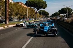 Sébastien Buemi, Renault e.Dams leads Nelson Piquet Jr., Jaguar Racing