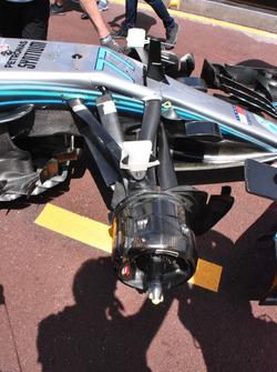 Suspensión delantera Mercedes-AMG F1 W09