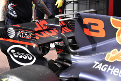 Red Bull Racing RB13, detalle del T-wing