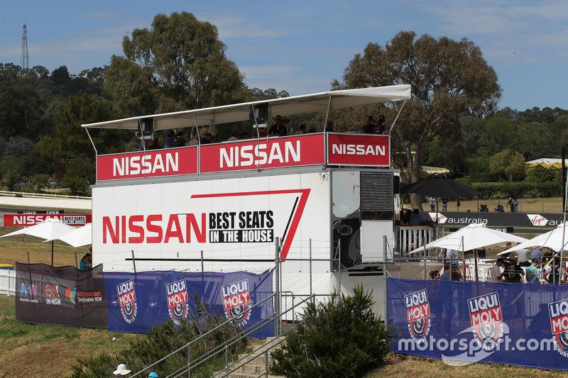 Nissan Motorsports área para los aficionados