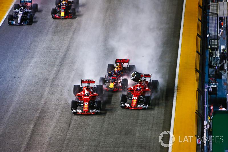 O GP de Cingapura de 2017 teve um acidente importante logo em seus primeiros metros, eliminando Vettel, Verstappen e Raikkonen.