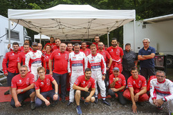 Sébastien Loeb, Daniel Elena et les membres de l'équipe Citroën