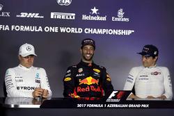 Победитель Даниэль Риккардо, Red Bull Racing, второе место – Валттери Боттас, Mercedes AMG F1, третье место – Лэнс Стролл, Williams