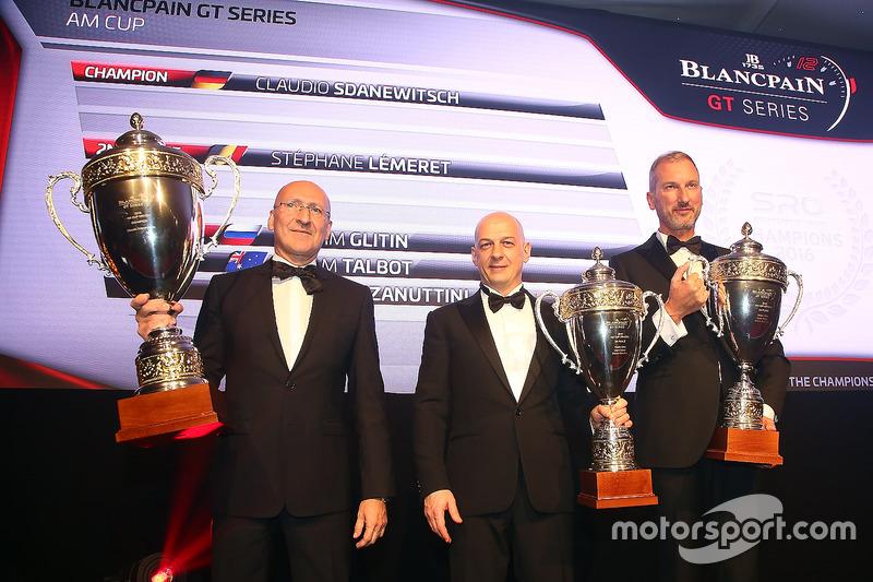 2016 AM Cup pilotos, Claudio Sdanewitsch, campeón, Stéphane Lémeret, segundo lugar, Marco Zanuttini, tercer lugar