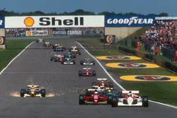 Start: Gerhard Berger, McLaren MP4/6 Honda, Alain Prost, Ferrari 643, Mauricio Gugelmin, Leyton House CG911 Ilmor, Stefano Modena, Tyrrell 020 Honda ve Nelson Piquet, Benetton B191 Ford