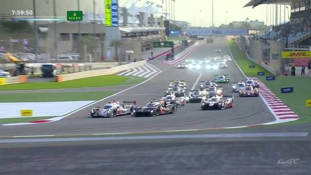 FIA WEC: 8 Hours of Bahrain - race start crash