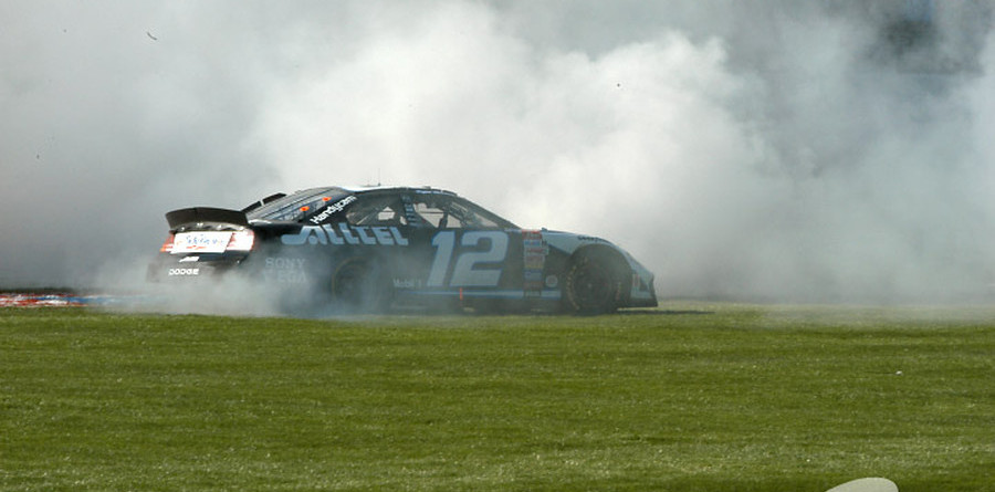 Newman ropes in Earnhardt Jr for Texas win