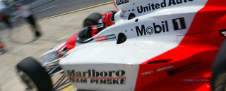 IndyCar IRL: Helio Castroneves wins tight race at Nazareth