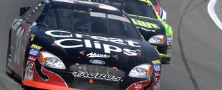 NASCAR XFINITY BUSCH: Kahne wins first career race