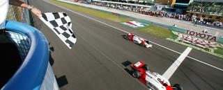 IndyCar IRL: Hornish Jr nips teammate for Homestead win