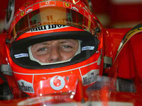 Schumacher tops wet Japanese GP first practice
